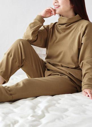 コットンムースタートルネックパジャマ