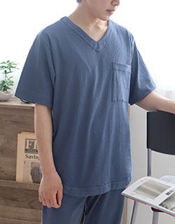 絶妙なサイズ感のVネック半袖パジャマ