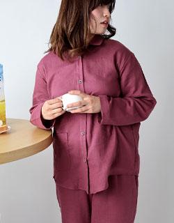 シンプルでおしゃれな襟ありレディースパジャマ